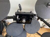 Gear4Music Compact 400 Digital Drum Kit + Amp