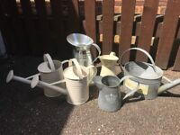 Mix of 6 watering cans