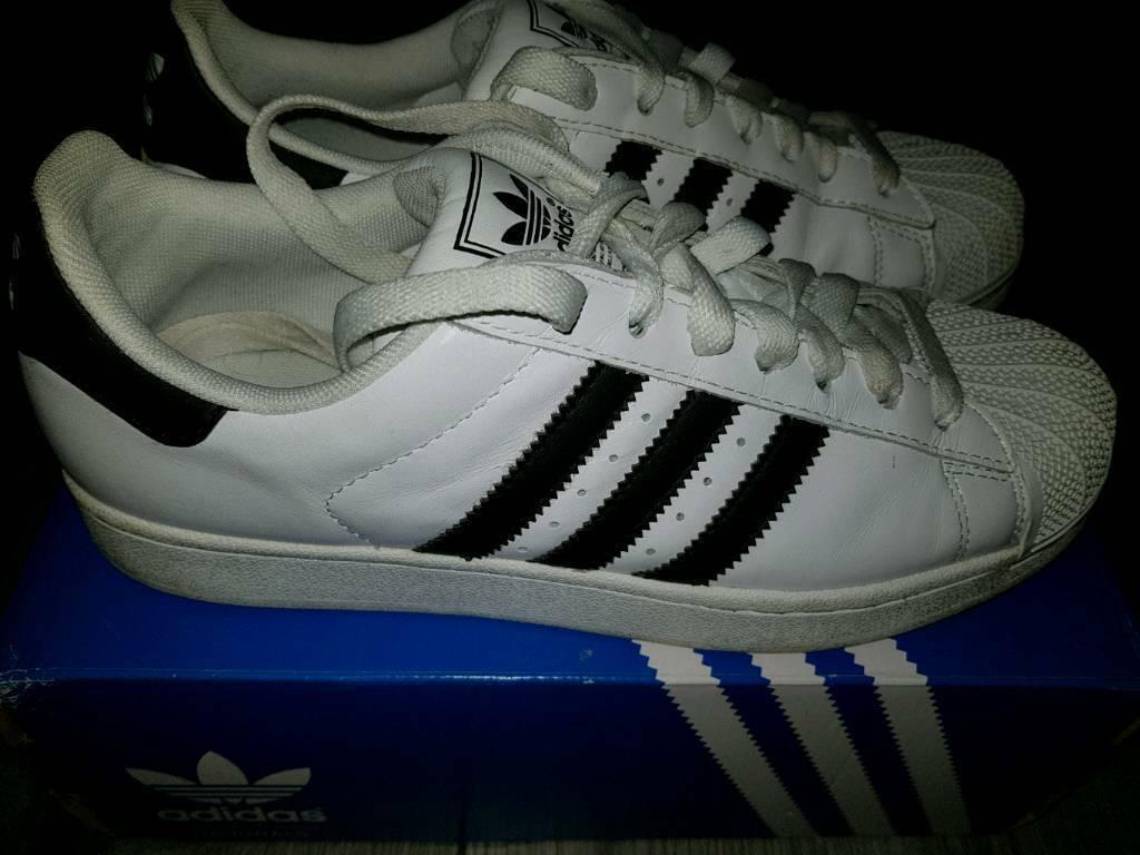 7fdd8fcd2e077 Adidas Superstar trainers size 8