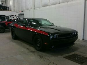2013 Dodge Challenger 2dr Cpe R/T Classic W/ HEMI, SUNROOF