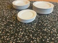 Lovely dinner set hardly used consisting of dinner plates, side plates and bowls £10 for the lot
