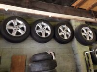 "NISSAN QASHQAI & NOTE ** ALLOY WHEELS 16"" INCH WITH TYRES , TYRES SIZE 215/65/16"