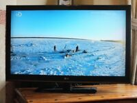 42 Inch LG TV In Great Working Order - LG 42CS460 42in Full HD 1080p LCD TV With Freeview