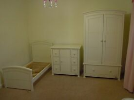 Mamas & Papas nursery or child's bedroom suite in antique white (ivory patina) finish