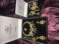 Kyles collection Asian Indian/Pakistani bridal jewellery set. Gold and maroon.