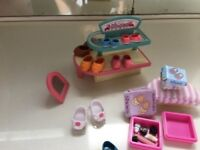 Sylvanian families job lot - cafe and shoe shop
