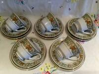 VINTAGE CHINA NORITAKE BONE CHINA 6 PERSON TEA SET IN BEAUTIFUL CONDITION