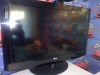 LG 32 LCD TV with remote control