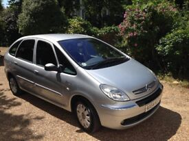2004 Citroen Picasso, Low mileage, one owner, full service history. Emigration forces sale