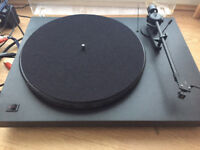 Pro-ject Debut turntable with Grado Black cartridge