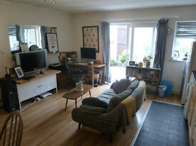 AVAILABLE NOW! 1 Bed Flat in Prime Crouch End with private garden