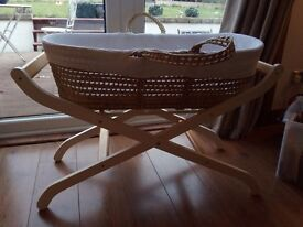 Gorgeous moses basket