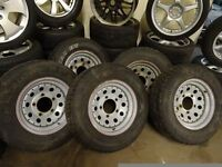 set of 5 LANDROVER wheels and new 235 70 16 tyres £175