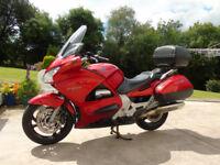 st1300 HONDA PAN EUROPEAN 2002 CANDY RED