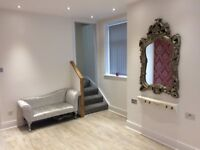 Hair & Beauty salon spaces for rental in Elland