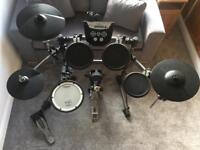 Roland TD-6V Electronic Drum Kit. (TD6V, Electric Set)