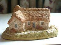 Culloden Cottage by Lilliput Lane