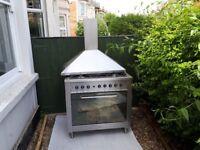 Indesit Gas range cooker 900mm plus hood