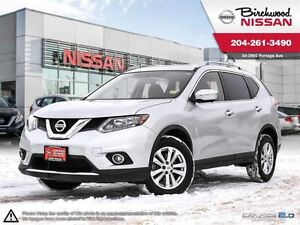 2015 Nissan Rogue SV LOW MILEAGE AWD TRADAE