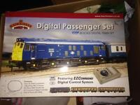 Digital train set 00 gauge