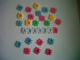 4SALE,1 BAG OF CHILDRENS ALPHABET LETTERS N NUMBERS,ONLY £2