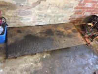Hydraulic motorbike ramp *spares or repair*
