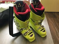 Fischer SOMA RC4 WorldCup Alpine downhill ski boots 28.5