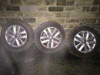 Volkswagen caddy high line 2014 alloys set off 3
