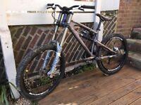Santa Cruz VP Free DH mountain bike