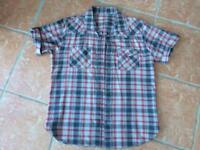 Levi's shirt size Large