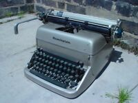 FREE DELIVERY Remington Rand Vintage Typewriter Retro