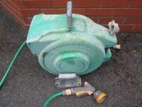 Hozelock Auto Hose pipe Reel hosepipe garden + multi spray gun nozzle