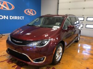 2018 Chrysler Pacifica Touring-L Plus 8 PASS!/ LEATHER SEATS!...