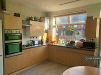 1 bedroom in Cross Flatts Place, Leeds, LS11 (#1161895)