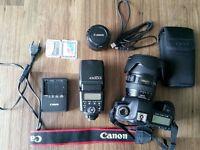 Big OFFER: Canon EOS 5D Mark II + 24-105MM LENS + cards + 50 mm 1.8 + Falsh