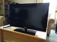 Samsung 32 inch full HD TV with Freeview