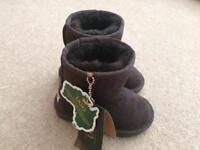 Brand new with tags kids unisex UGG boots size infant 9