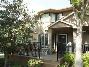 #1 438 20 AV NE Winston Heights/Mountview, Calgary, Alberta