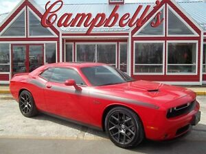 2016 Dodge Challenger R/T!! YES ITS A 6 SPEED!! SUNROOF!!