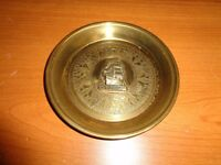 Brass decorative plate in remembrence of HMS Discovery