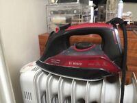 Bosch Steam Iron, 3050 W - Black/Red [Energy Class A+++]