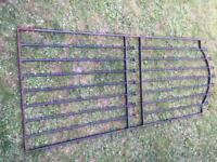 6ft metal gate very well made