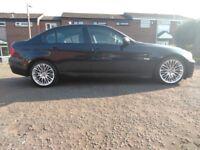 Black BMW 318d 2005