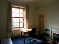 King size room next to abertay university and close to city centre and dundee uni and bus stop