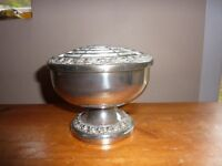 """Ianthe silver plated rose bowl 5 1/2"""" diameter. Still has insert for holding flowers"""