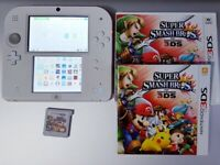 Nintendo 2DS CONSOLE + 65 GAMES & Charger