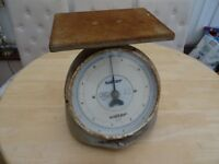 Ex post office salter weighing scales.