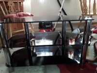 Tv glass table in good condition