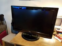 "32"" LG FULL HD tv with freeview buit in"