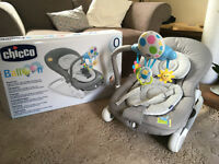 Chicco Balloon Baby Bouncer. Suitable from birth. Vibrates and rocks with adjustable seat angle